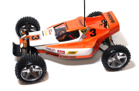Kyosho_Maxxum_run02_04