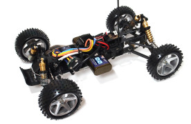 Kyosho_Maxxum_run02_07