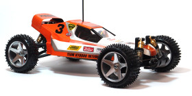 Kyosho_Maxxum_run02_10